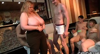 Super thick tits fatty banging at bbw party