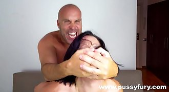 Discover the world of Pussyfury - Sloppy deepthroat, anal, DP, squirt...