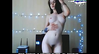 Cute Young Hairy Amateur Teen Dancing Naked on Webcam